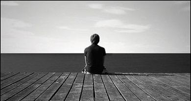 انشا در مورد تنهایی در زندگی انسان ها